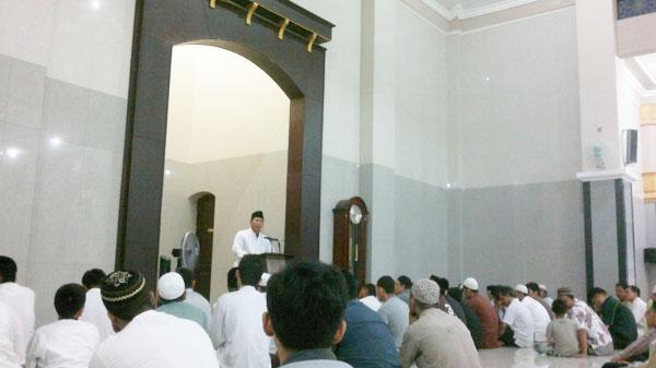 masjid-al-ikhlas-bumi-marina-emas-keputih-surabaya